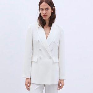 Zara White Buttoned Blazer Jacket